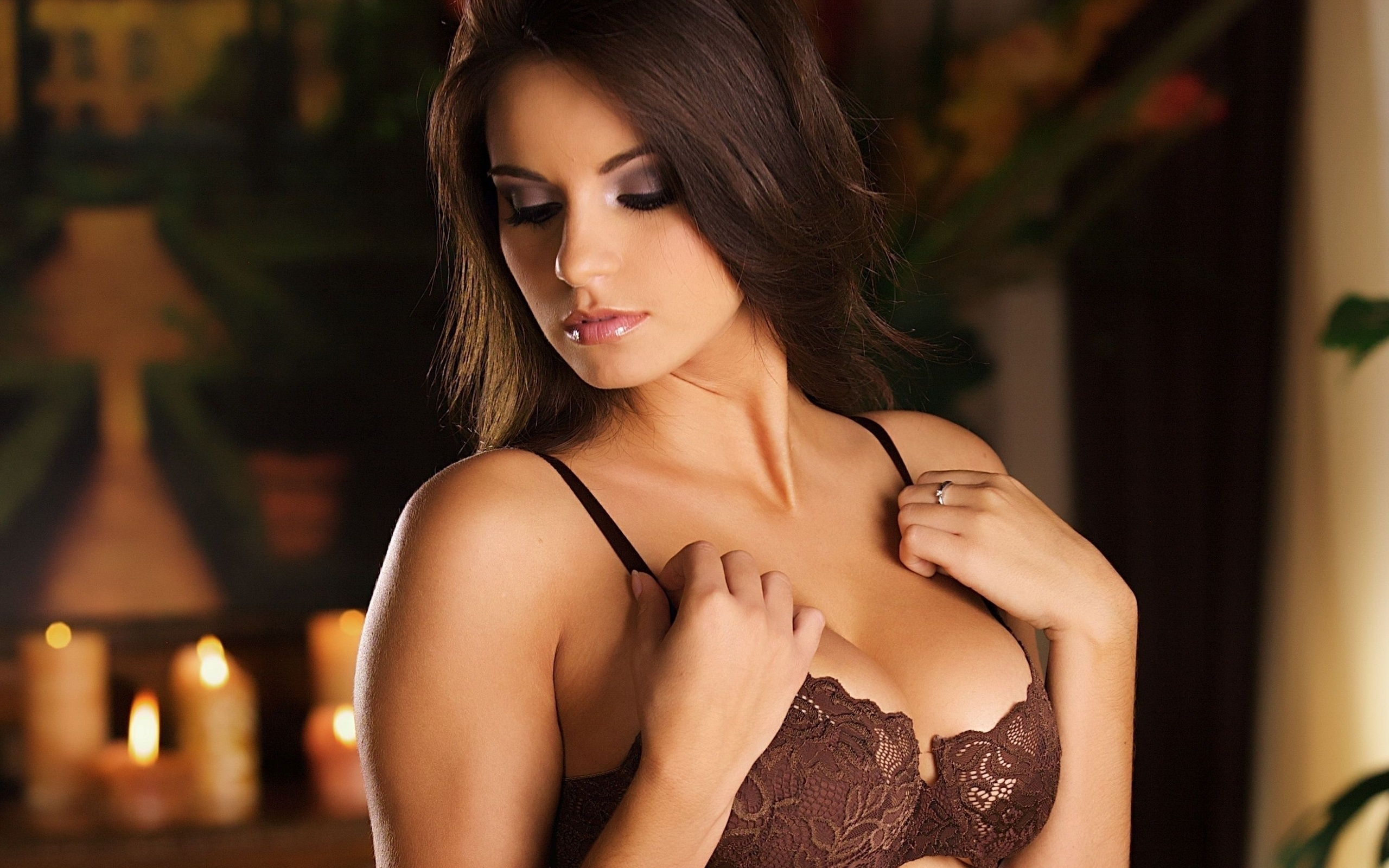 brunette hot girl bra lingerie NSFW Not Safe For Work ...